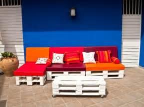 balkon sofa selber bauen m 246 bel aus paletten 95 sehr interessante beispiele