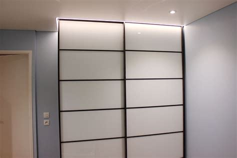 eclairage placard led lumiere plafond led suspendu au plafond suspendu par des