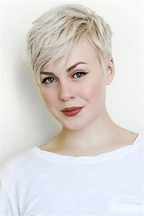 platinum pixie haircut for 42 year old 365 best images about pixie cut on pinterest pixie