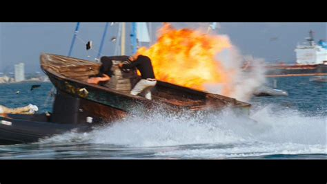 speed boat in quantum of solace life between frames 50 years of 007 quantum of solace