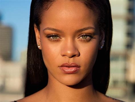 Rihanna Pictures by Rihanna S Fenty Is Here And It S Even Better Than