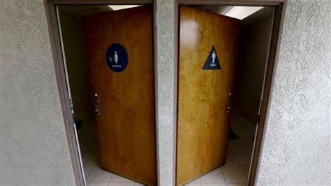 Unisex Bathrooms In California California Assembly Passes Gender Neutral Restrooms Bill