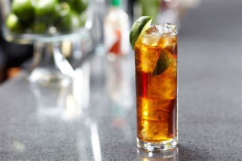 captain spiced rum mixers captain original spiced gold and cola rum drinks