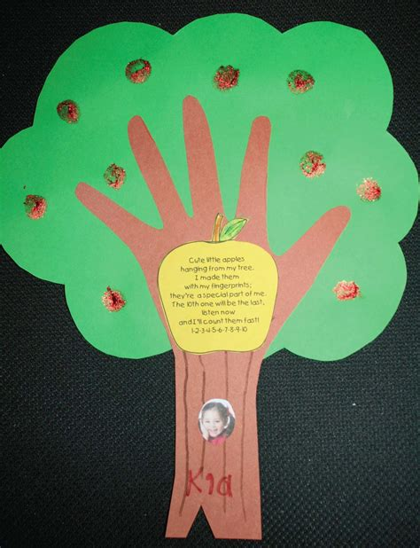 apple craft projects classroom freebies keepsake apple tree quot craftivity quot