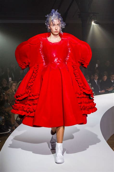 In The Of The Reviewer Comme Des Garcons by Rei Kawakubo Explored The Theme Of Invisible Clothing At