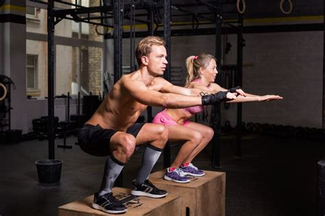 How To Squat Without A Rack by How To Squat Without A Rack And Gain Leg Mass
