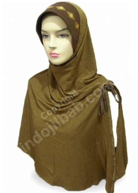 Jilbab Rayon Pita jual jamilah alisa sulam kotak coklat kehijauan harga dan review