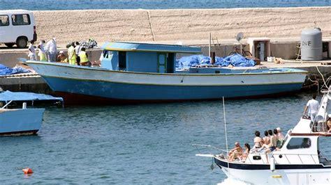 refugee boat tragedy 25 found dead on refugee boat the advertiser