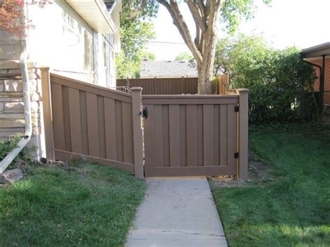 budget friendly patio ideas with images 183 mia7martin 183 best images about trex fencing on pinterest vinyls