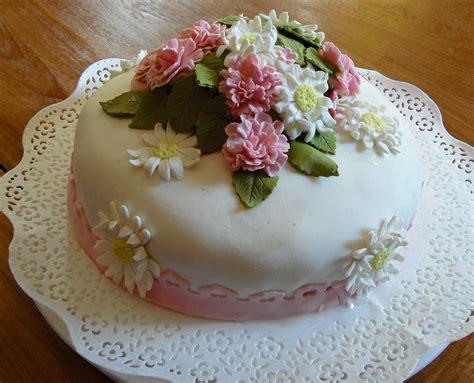 fiori per un compleanno immagini mazzi di fiori per compleanno