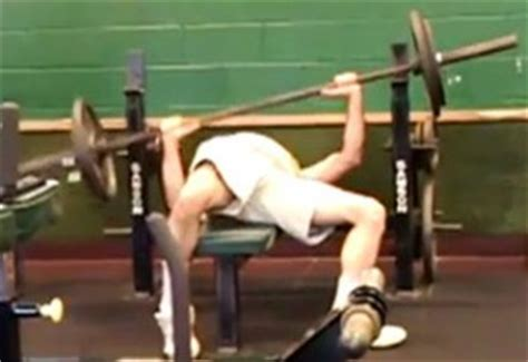 bench press without shoulder pain how to bench press get a big chest add muscle all without