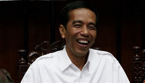 biodata bpk jokowi pantau banjir jokowi malah diminta jadi presiden