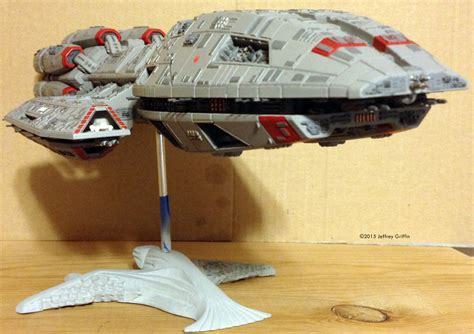 Papercraft Spaceships - sci fi spacecraft paper model pics about space