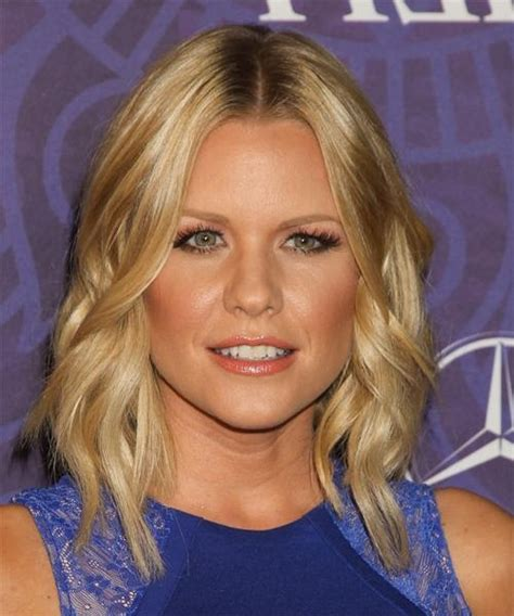 12 most requested celebrity hairstyles from coast to coast on allure 15 collection of carrie keagan shoulder length bob hairstyles