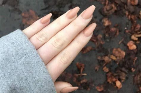 come fare le unghie in casa unghie a ballerina come realizzare le coffin nails