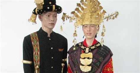 Baju Adat Perkawinan Batak planet batak suku batak angkola