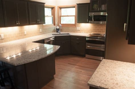 refinishing golden oak kitchen cabinets brilliant golden oak cabinets with cherry custom built