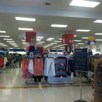 marshalls 13 photos 26 reviews department stores