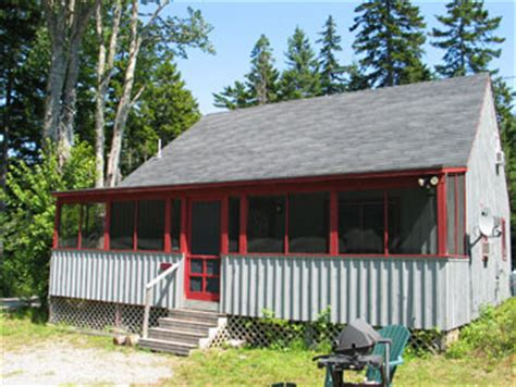 Maple Leaf Cabins by Seal Cove Cabins Located Near Acadia National Park And Bar Harbor