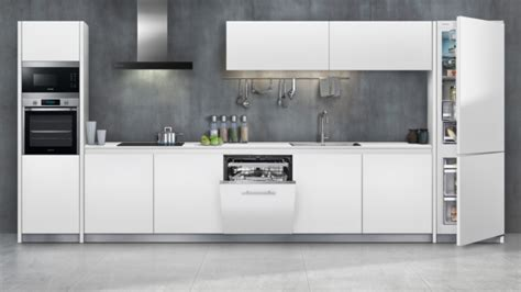 built in kitchen appliances samsung unveils three new built in kitchen appliance