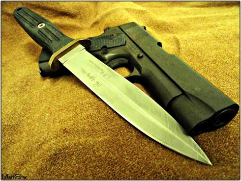 edged combat knife the boker applegate fairbairn fighter features a 6 quot