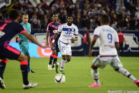 Calendrier 8eme Journee Ligue 1 Photos Ol Arnold Mvuemba 26 09 2015 Bordeaux Lyon