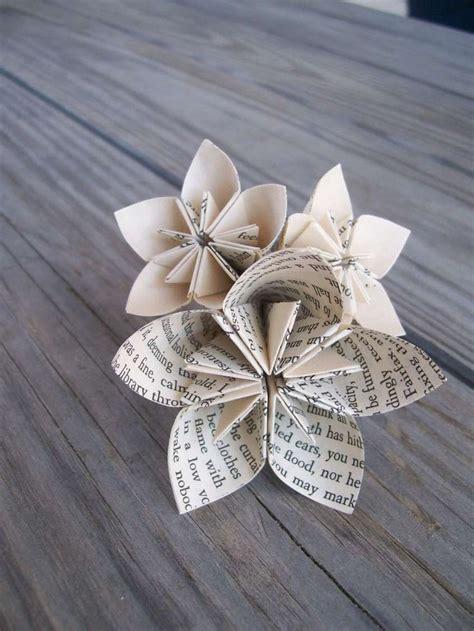 come fare fiori di carta di giornale oltre 25 fantastiche idee su fiori di carta di giornale su