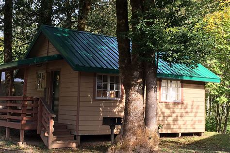 Oregon Coast Cabins by Oregon Coast Cabins Rv Yurts Loon Lake Lodge
