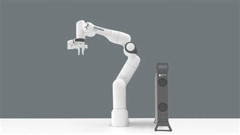 uecuencue bir kola hazir olun karsinizda ev tipi robot kol