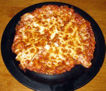 table pizza restaurant