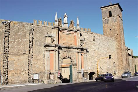viterbo porta romana centro storico finalmente verso la chiusura movimento 5