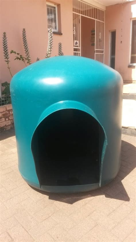 extra large dog igloo house kennels doghouses extra large green igloo dog house was sold for r800 00 on 30 oct