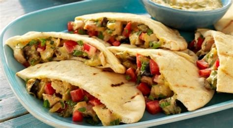 Mango Chicken Pocket Aw pita breads with chicken and eggplant in curried chutney dressing weber