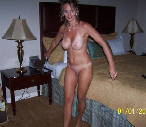 168 a milf mom wife mature naked tan lines blonde big tits