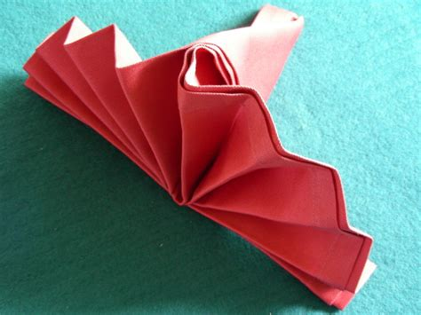 Easy Napkin Origami - serviette napkin folding simple standing fan recipe