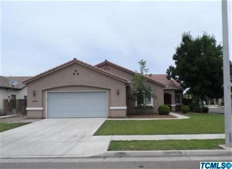 houses for sale in tulare 1844 malvasia ave tulare california 93274 foreclosed home information foreclosure