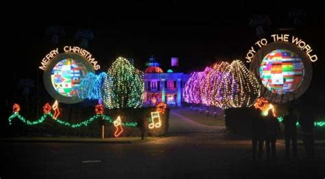best christmas light displays ct paul tudor jones has flipped the switch on lights display greenwichtime