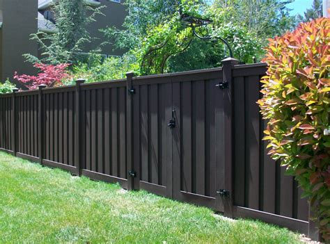 america s backyard fence advanced fence gate chicago fence company chicago
