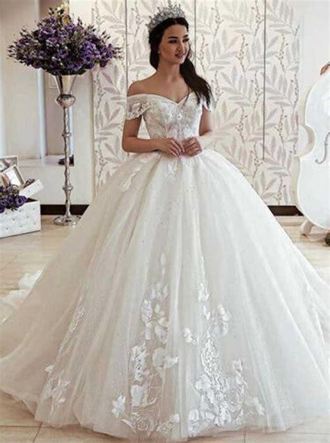 Simple Prom Dress Boutique