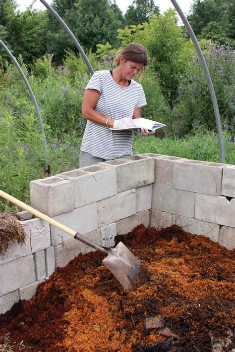 Composting Toilet Waste by 7 Best Images About Composting Toilets On Pinterest A