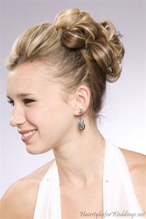 Wedding Hairstyles For Medium Hair Updos by Wedding Hair Updos For Medium Length Hair