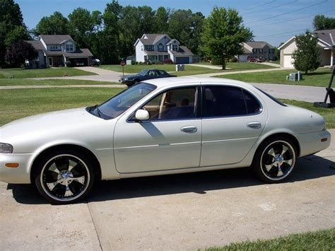 cmtuc24 1995 infiniti j s photo gallery at cardomain