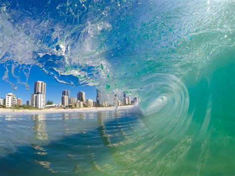 wave art gold coast wave images ocean photography gold