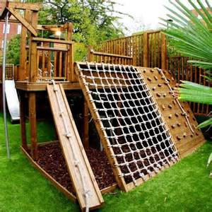 Diy Backyard Playground Ideas Best 25 Backyard Fort Ideas On Tree House Deck Yard And Play Yards