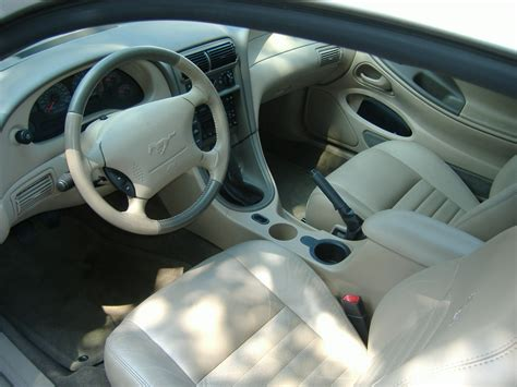 Mustang 2002 Interior by 2002 Ford Mustang Pictures Cargurus