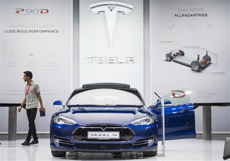 tesla manufacturer reliability problems push consumer reports to pull tesla