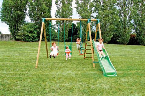 Balancoire en bois avec toboggan   Jeux et jouets sur
