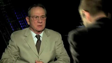 tommy lee jones fallon interview two hipsters trying to interview tommy lee jones youtube