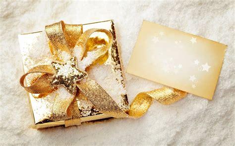 Beautiful Gifts gift box snow wallpaper 1680x1050 26433