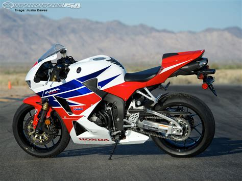 honda 600rr 2013 honda cbr600rr supersport shootout photos